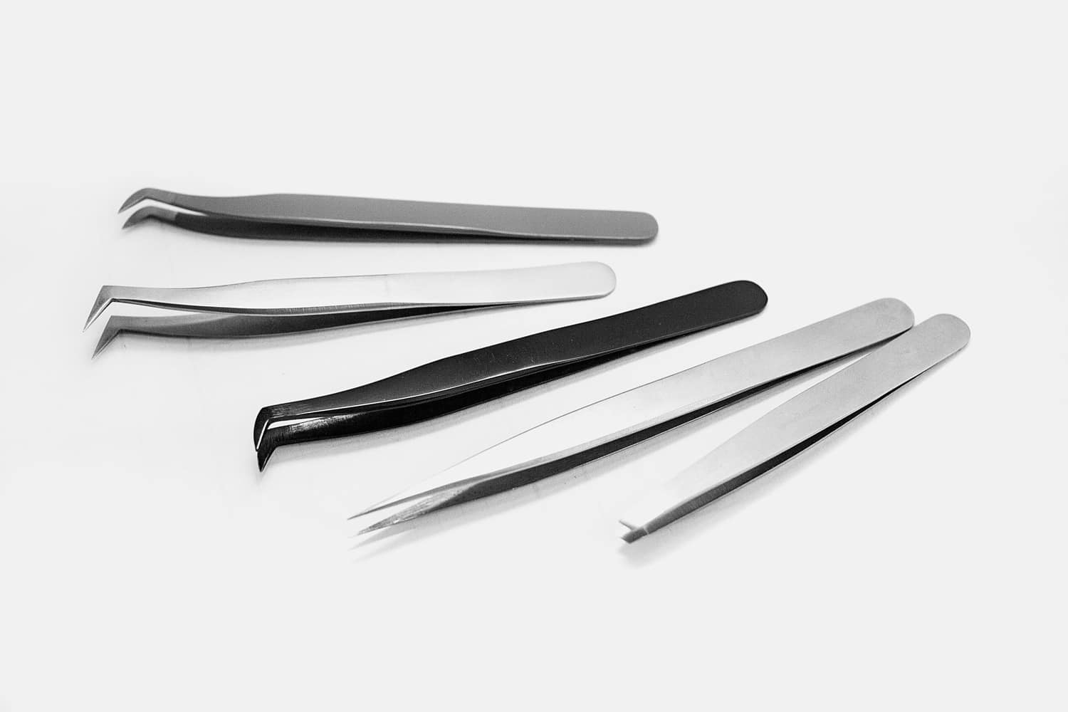 How to choose the right lash extension tweezers for your eyelash extension business.